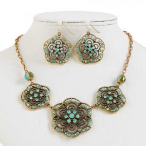 Antique Gold Green Opal Necklace
